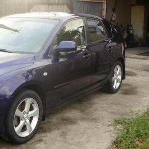 Продаю автомобиль Mazda 3