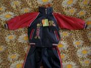 Продаётся костюм весенний новый (ветровка и брюки)